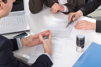 юридическая помощь в заключении сделки в Рязани